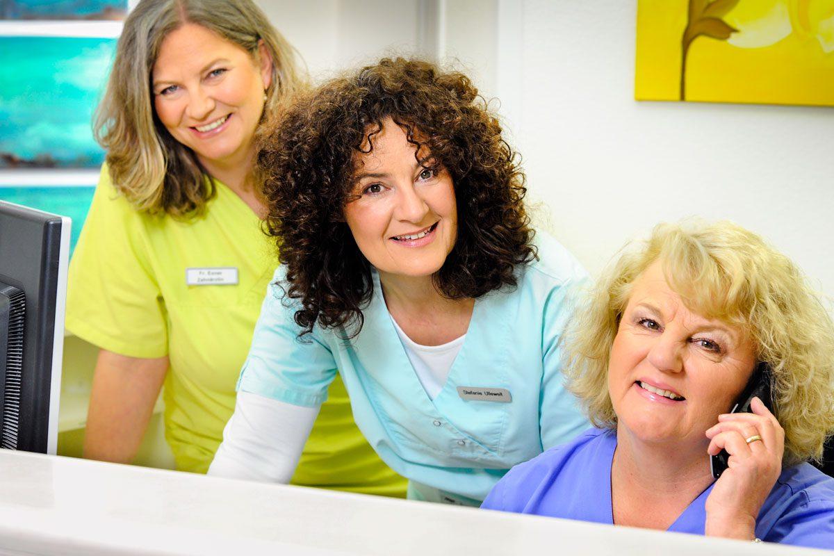 Empfang Zahnarztpraxis Stefanie Ulleweit & Brigitte Exner in Gräfelfing